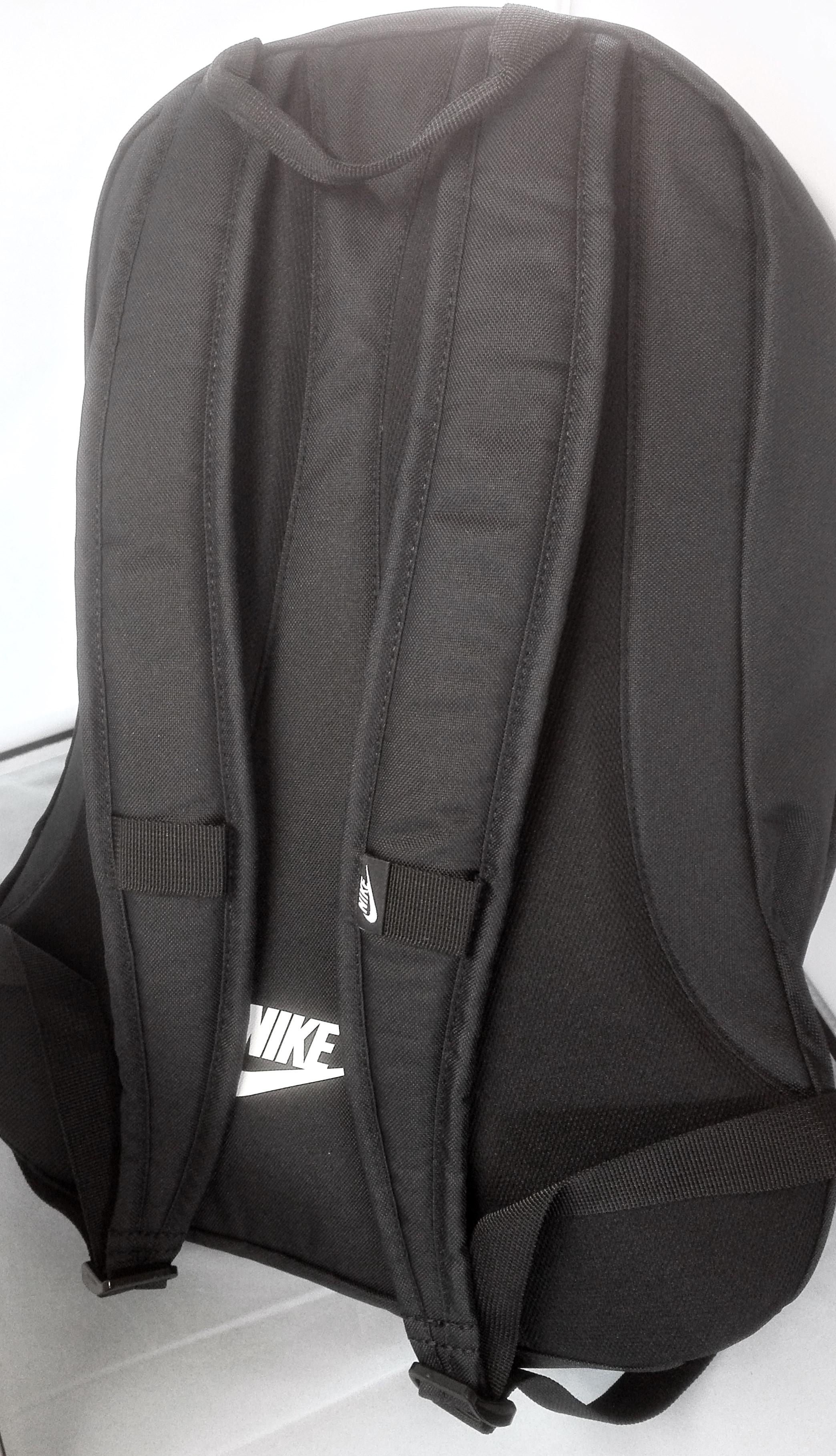 4e63f8158304e ... Vorschau  NIKE Rucksack Hayward Futura 2.0 Backpack 25 L Schwarz Nike  Logo ...